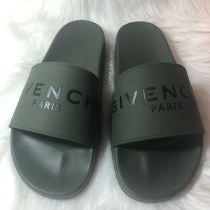 5fa04e2e8fb Givenchy Shoes - Givenchy Paris Mens Black Green Logo Rubber Slide